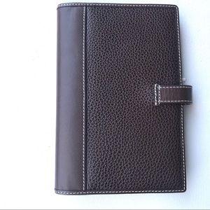 NWT Levenger leather passport case wallet travel